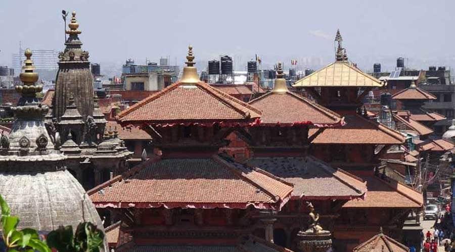 Kathmandu Sehenswürdigkeiten: Die Rooftop-Restaurants laden zum Entspannen ein