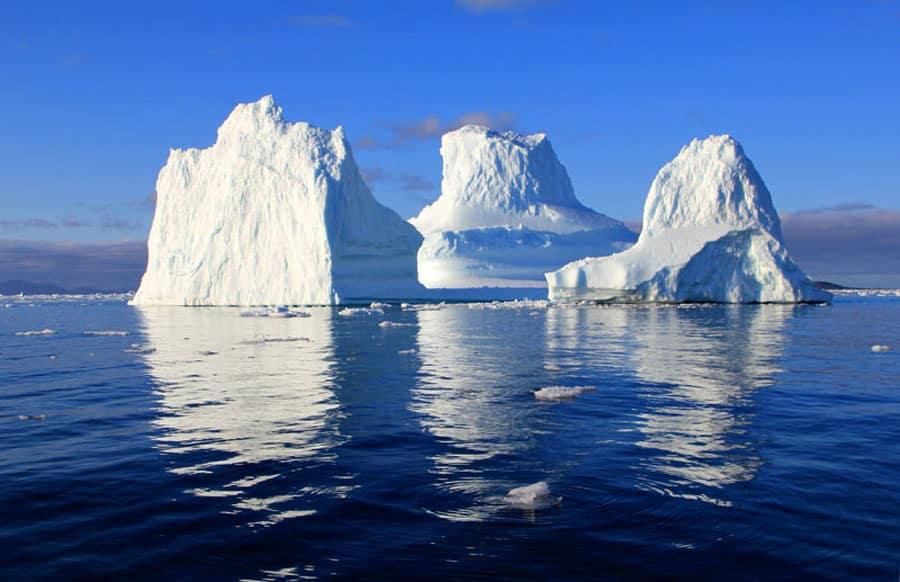 Eisberge vor dem größten Nationalpark der Welt