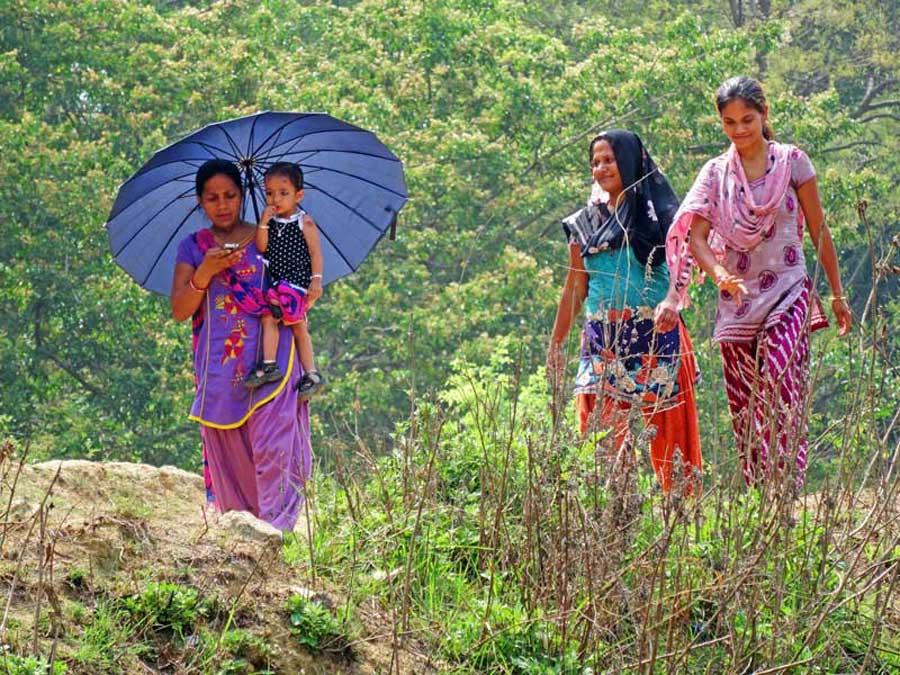 Annapurna Circuit: Freundliche Nepalesinnen