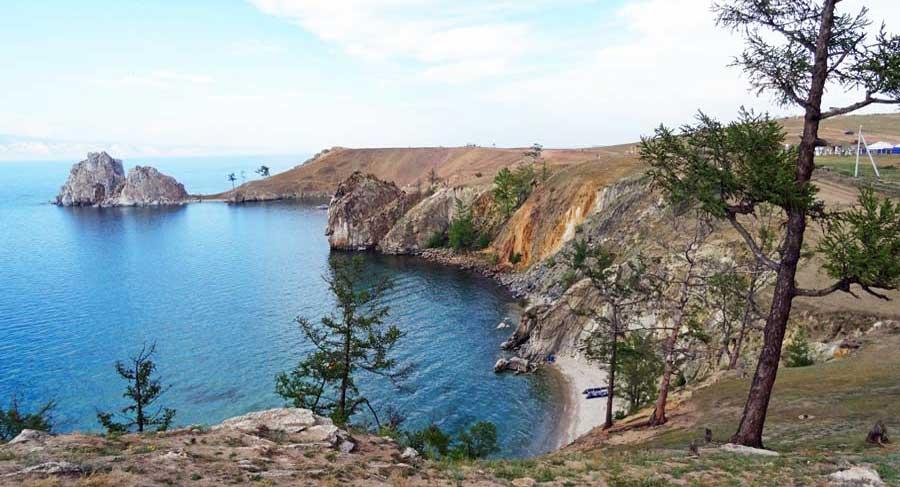 Blick auf den Baikalsee in Russland