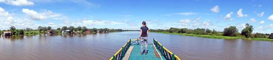 Die wunderschöne und beeindruckende Bootsfahrt von Siem Reap nach Battambang über den Tonle Sap, Kambodscha