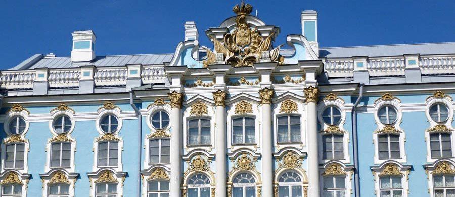 Das prunkvolle Ermitage Museum in Sankt-Petersburg, Russland