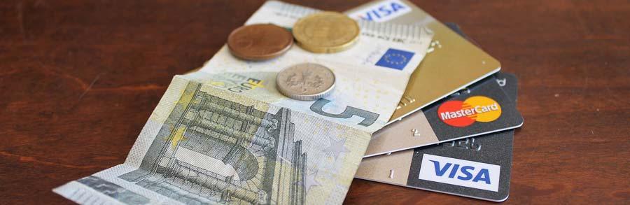 Kreditkarte Weltreise: Mit Reisekreditkarten weltweit kostenlos Geld abheben in Fremdwährung