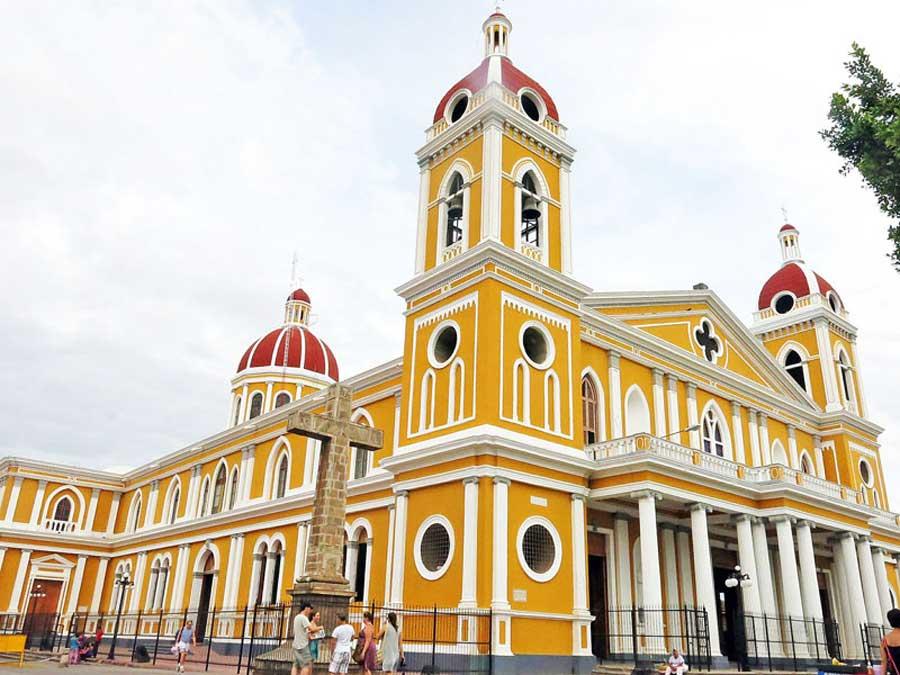 Eine Kirche in Granada, Nicaragua