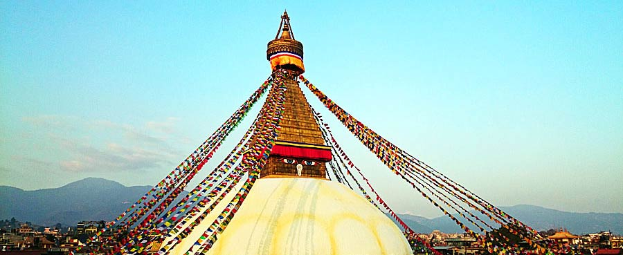Die weiße Stupa in Kathmandu, Nepal