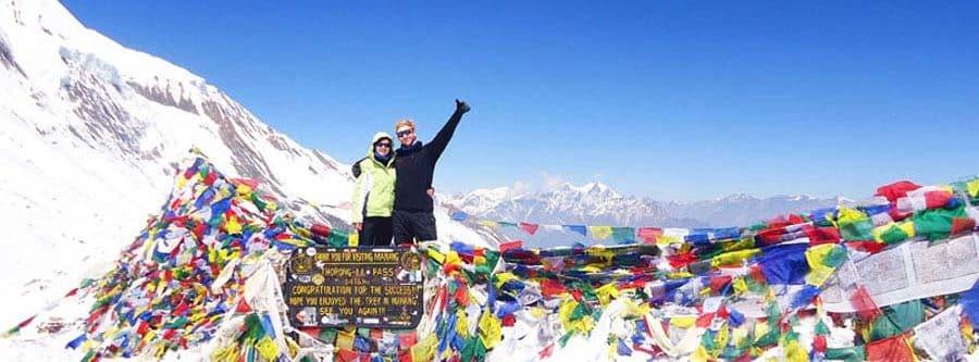 Anne und Sebastian beim Annapurna Trek in Nepal