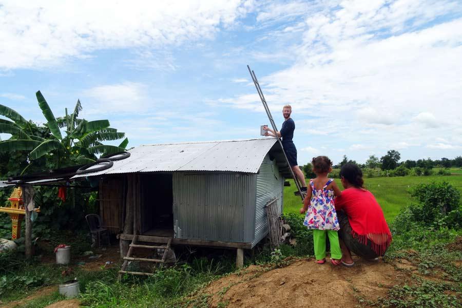 Battambang Kambodscha: In der ländlichen Umgebung von Battambang haben wir Solaranlagen installiert