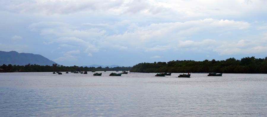 Fischerboote bei Kampot