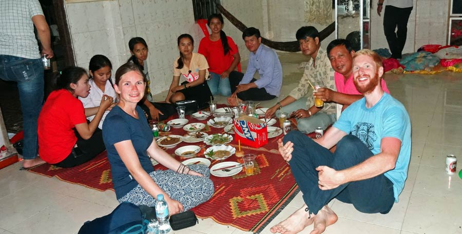 Battambang Kambodscha: In Battambang haben wir Sebastians 30. Geburtstag gefeiert