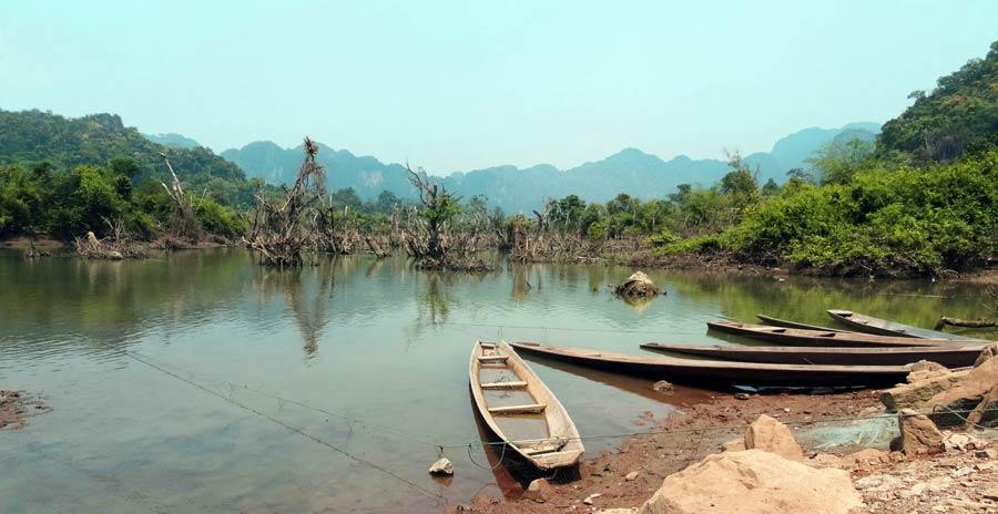 Fischerboote in Laos