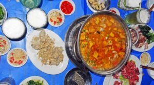 Hanoi Vietnam: Ein leckerer Hot Pot