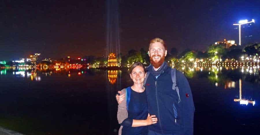 Hanoi Vietnam: der Stadtsee bei Nacht