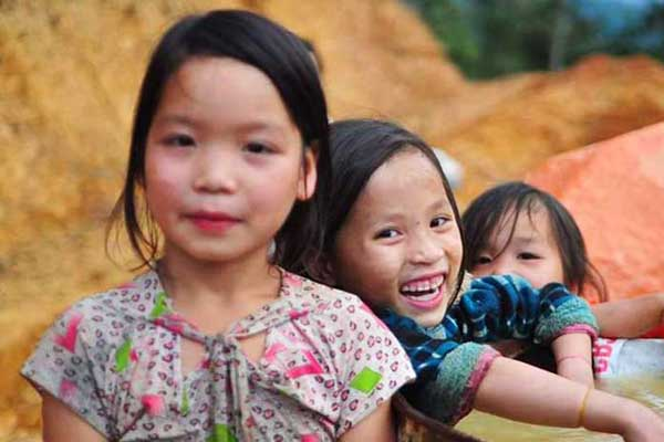 Kachel: Schulen Vietnam