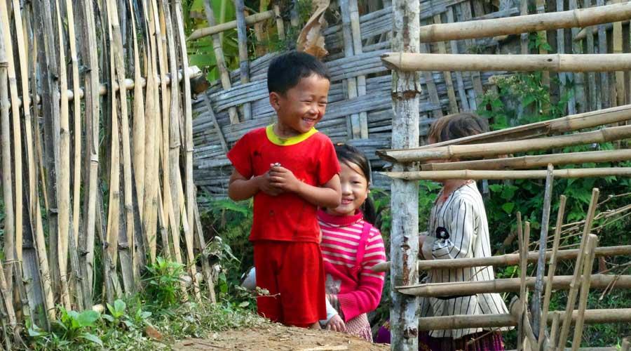 Abenteuer Vietnam: lachende Kinder