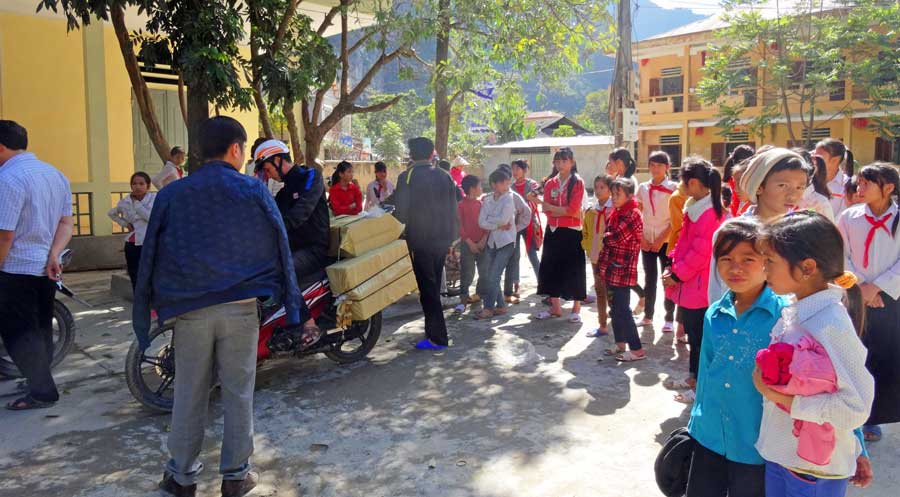 Abenteuer Vietnam: Schulkinder