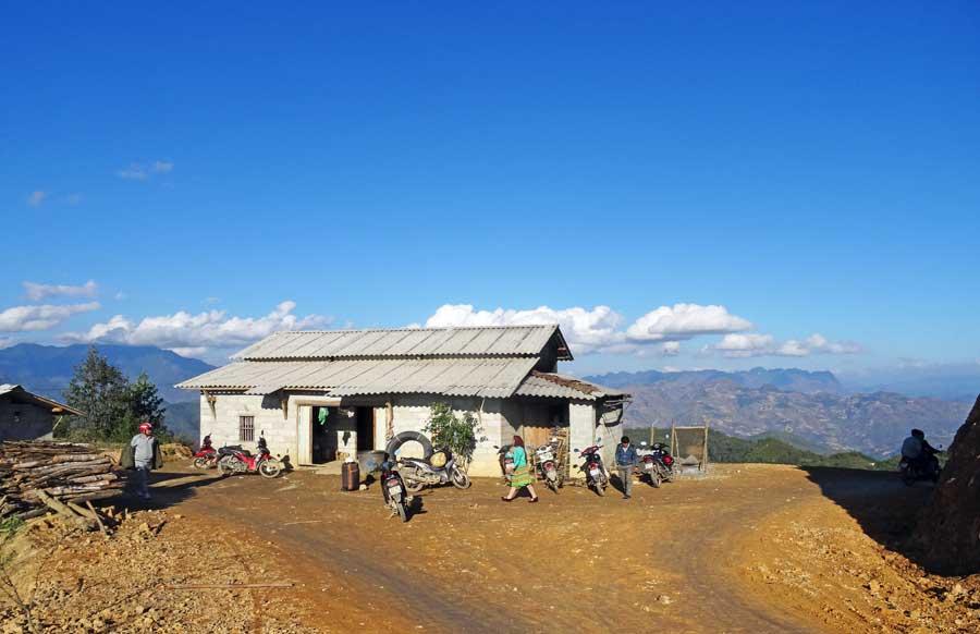 Vietnam Online Reiseführer: Bergdorf bei Yen Minh