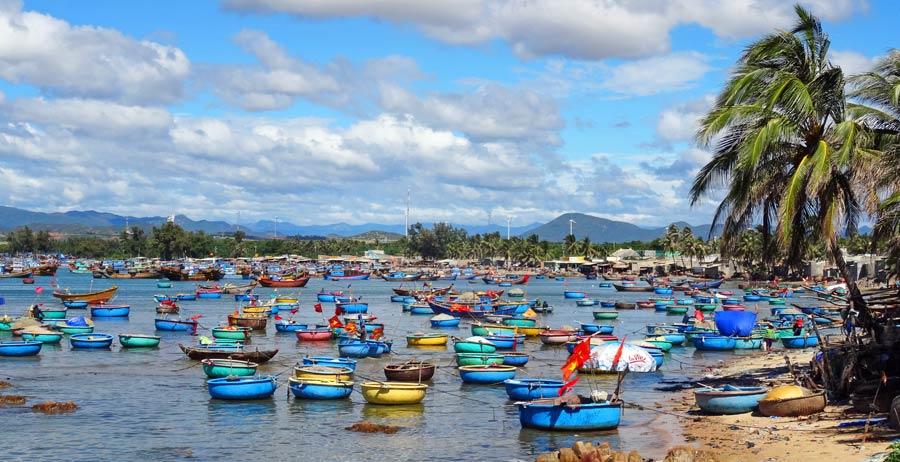 Vietnam Online Reiseführer: Fischerboote