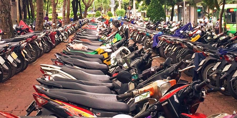 Vietnam Online Reiseführer: Mopeds in Ho Chi Minh