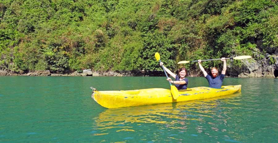 Vietnam Sehenswürdigkeiten: Halong Bucht
