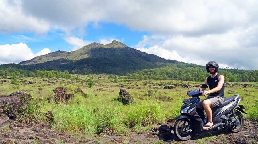 Bali Online Reiseführer: Einer der vielen Vulkane der Insel