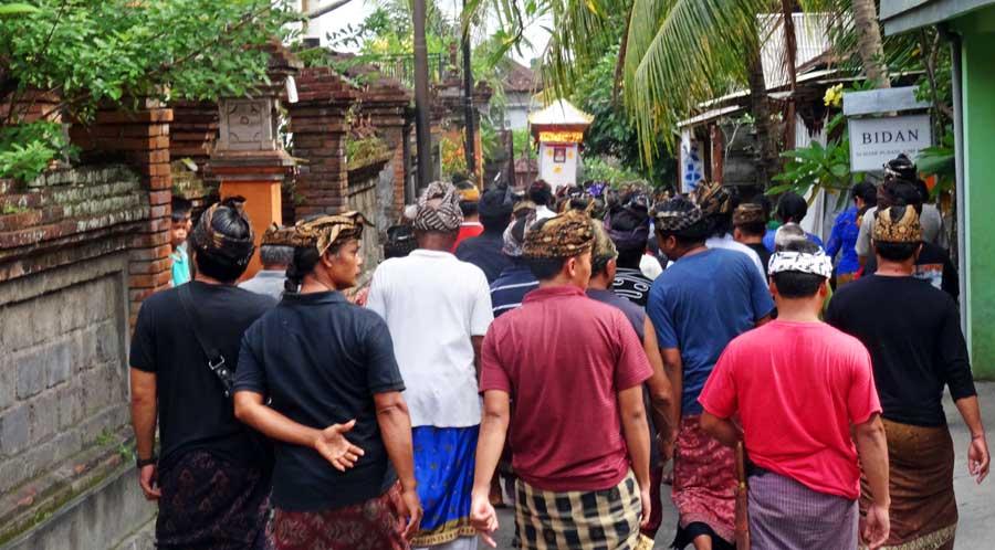 Bali Online Reiseführer: Religion und Zeremonien sind hier sehr wichtig