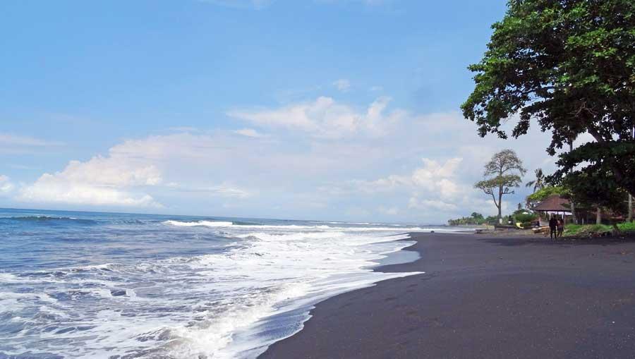 Bali Online Reiseführer: Schwarzer Vulkanstrand