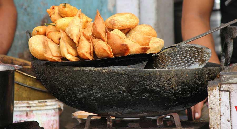 Essen Nepal: Samosas