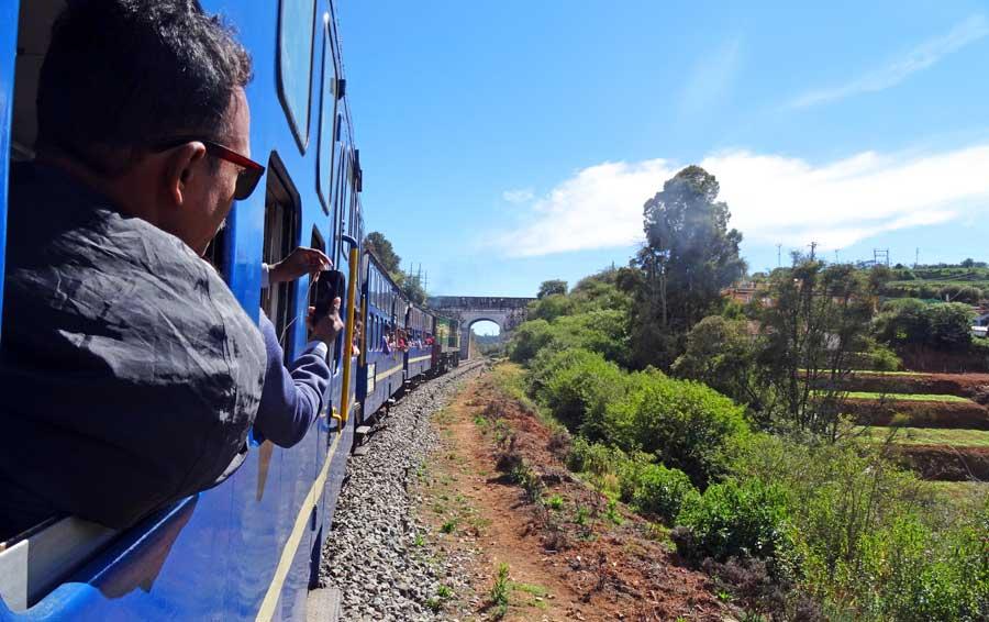 Indien Online Reiseführer: Zugfahrt ab Ooty