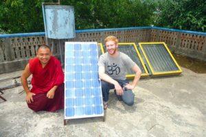 Nachhaltig reisen: Solaranlage in Pokhara Nepal