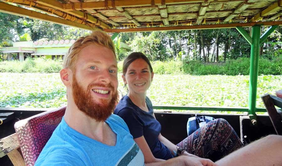 Kerala Backwaters: In einem kleinen Kanu