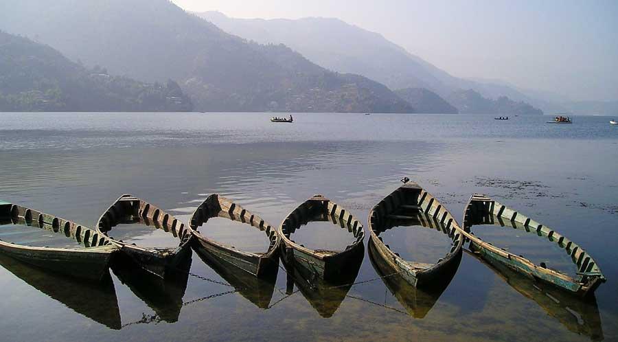 Nepal Sehenswürdigkeiten: Pokhara am Fewa Lake