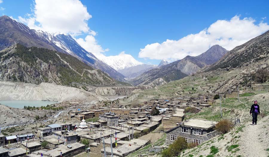 Pokhara Sehenswürdigkeiten: Annapurna Circuit - Seti Gandaki, Devis Falls, Nepali