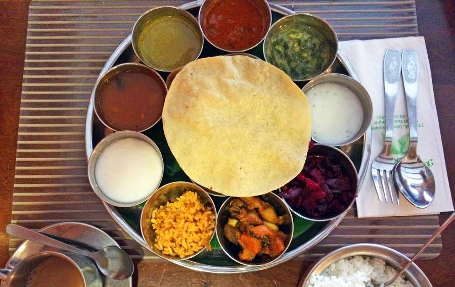 Indisches Essen: Indische Küche, Tandoori, Biryani, Naan, Chutney