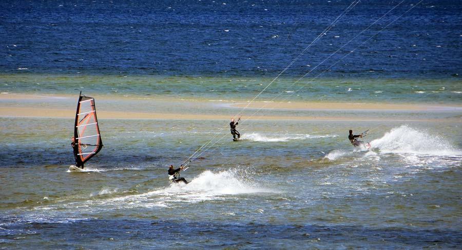 Mui Ne Vietnam: Kitesurfing