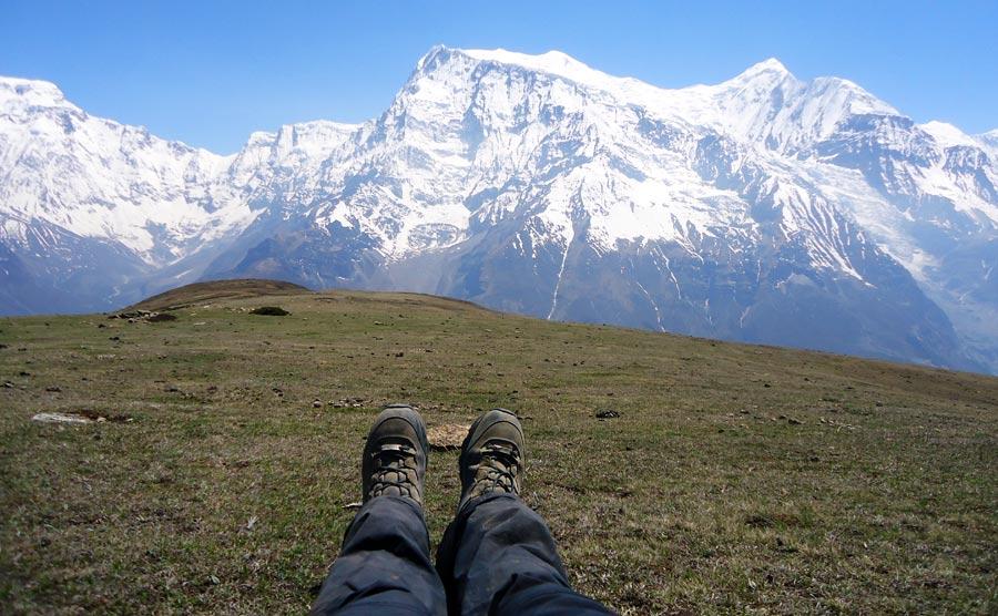 Wanderschuhe Test: Alpin Wanderschuh mit Sohlengrip, Hikingschuhe für Bergsteiger