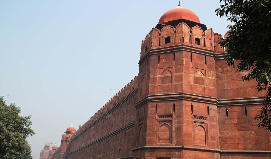 Indien Sehenswürdigkeiten: Rotes Fort Agra Delhi - religiöse Tempel, architektonische Stätten, Minakshi Tempel Madurai