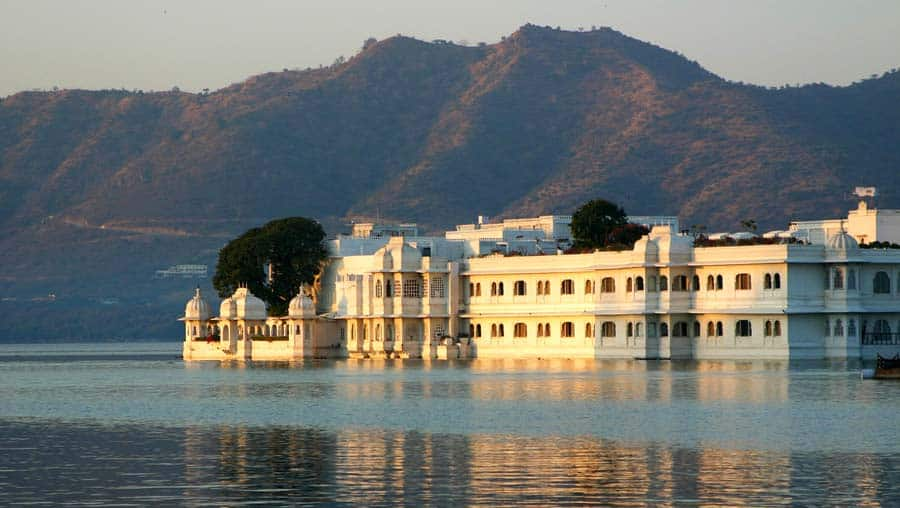 Indien Sehenswürdigkeiten: Udaipur - religiöse Tempel, architektonische Stätten, Tempel Mandir