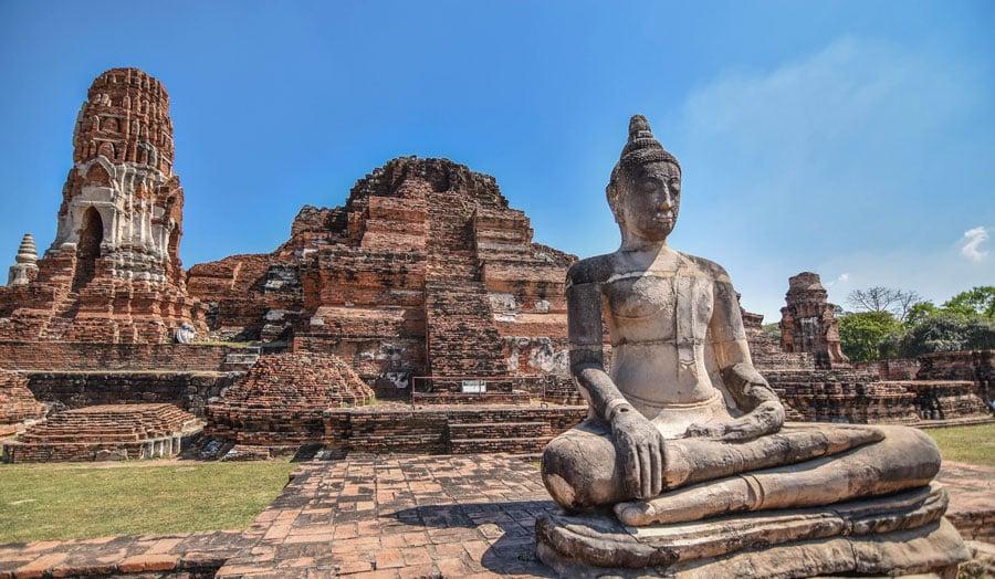 Thailand Sehenswürdigkeiten: Ayutthaya, Wat Phra Kaeo in Lampang & die Brücke am Kwai