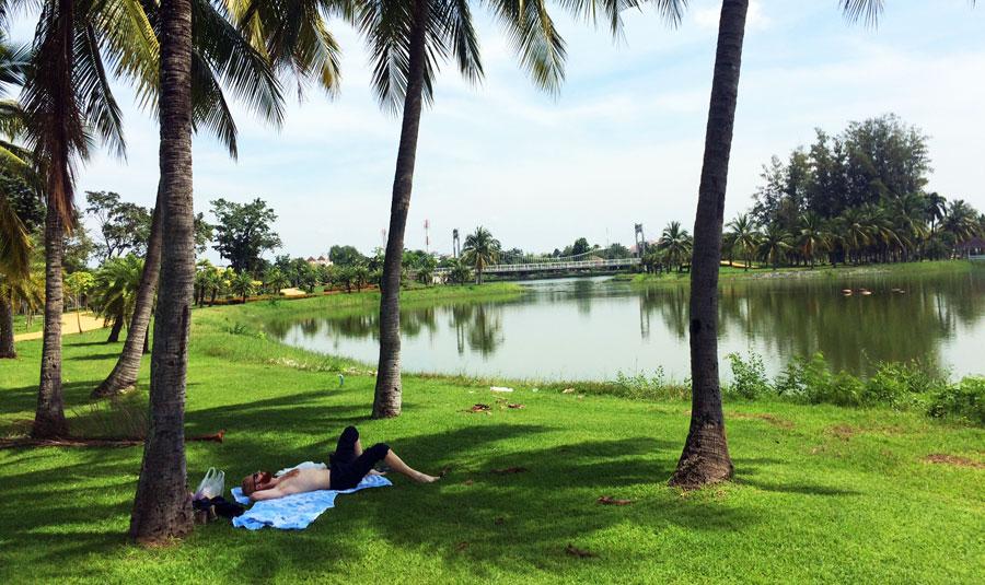 Thailand Sehenswürdigkeiten: Isaan, Udon Thani - Bangkok, Koh Phi Phi & Pai