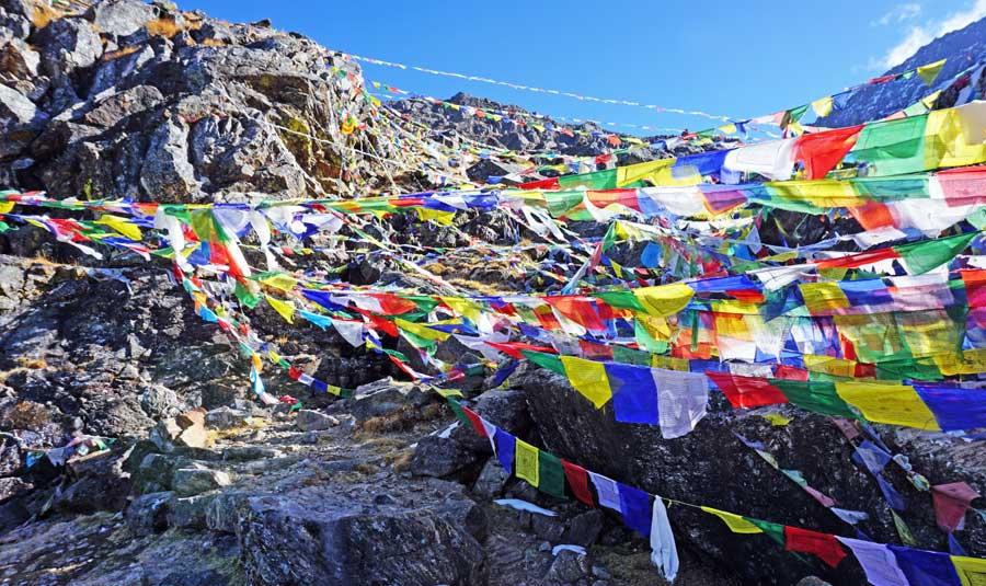 Gosainkund Langtang: Ganesh Himal - Laurebina Teahouse Trekking