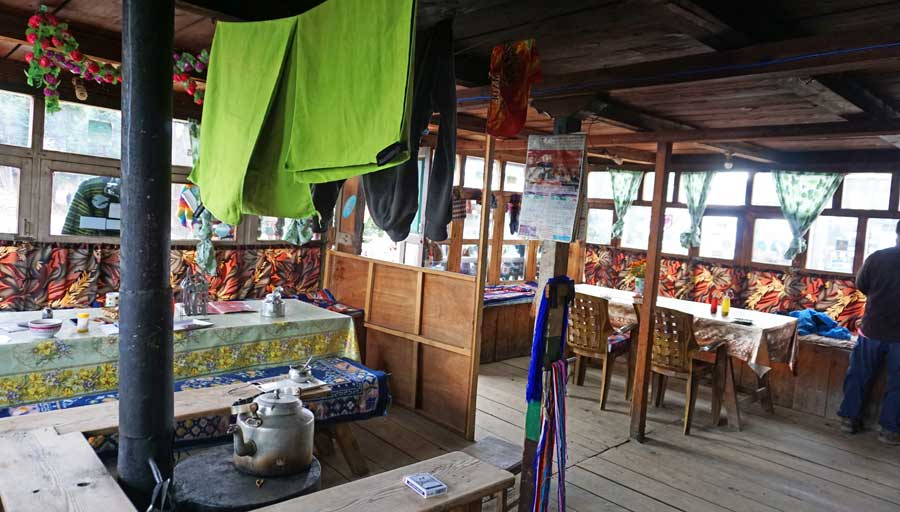 Gosainkund Langtang: Laurebina Lodge Teahouse