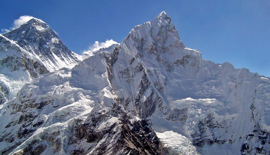 Everest Base Camp: Mount Everest Nuptse Nepal