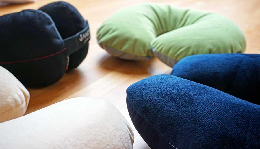 nackenkissen reise die besten nackenh rnchen im test 2019. Black Bedroom Furniture Sets. Home Design Ideas