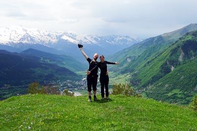 Georgien Sehenswuerdigkeiten: Wanderung im Kaukasus bei Ushguli