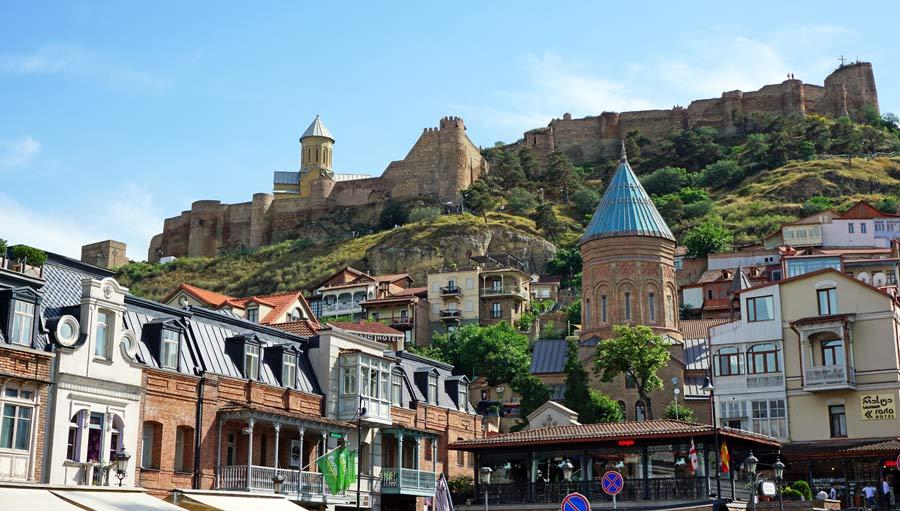 Georgien Sehenswuerdigkeiten: Tiflis Altstadt - Georgiens Hauptstadt