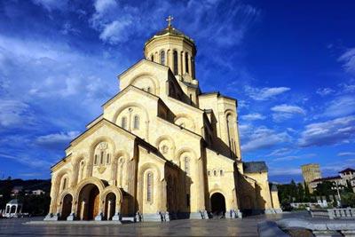 Georgien Sehenswuerdigkeiten: Tiflis Sameba Kirche