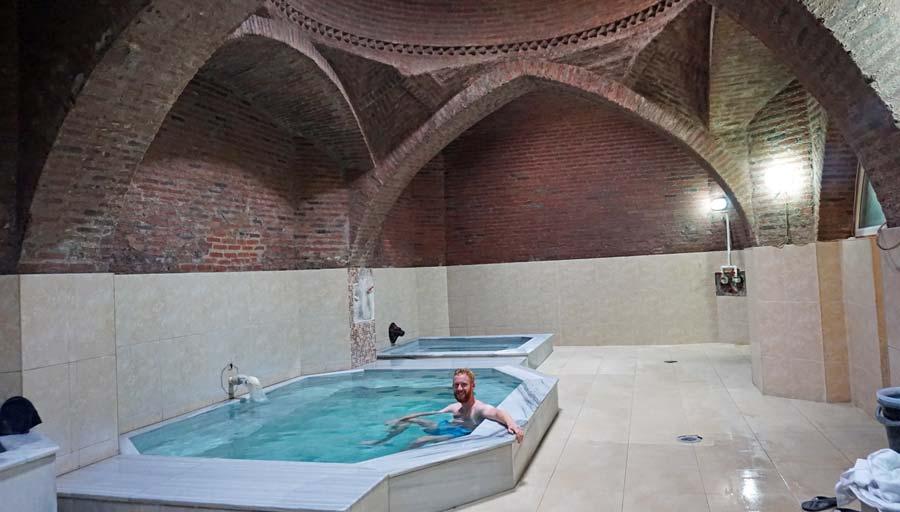 Tiflis: Sulphur Bath Schwefelbad im Bäderviertel Abanotubani - Rustaveli Gamsiri Tbilissi