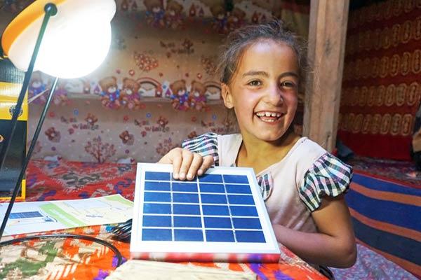 In 100 Solaranlagen um die Welt - SunHelp
