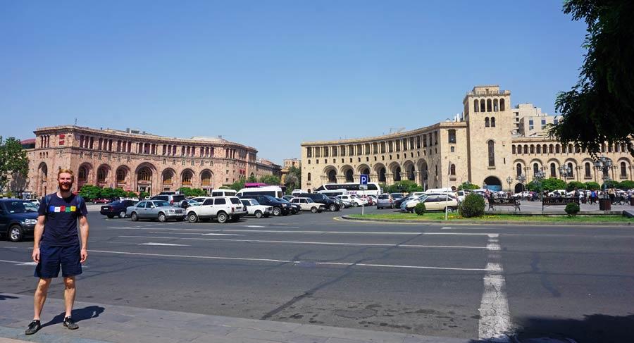 Jerewan: Platz der Republik, Hauptstadt
