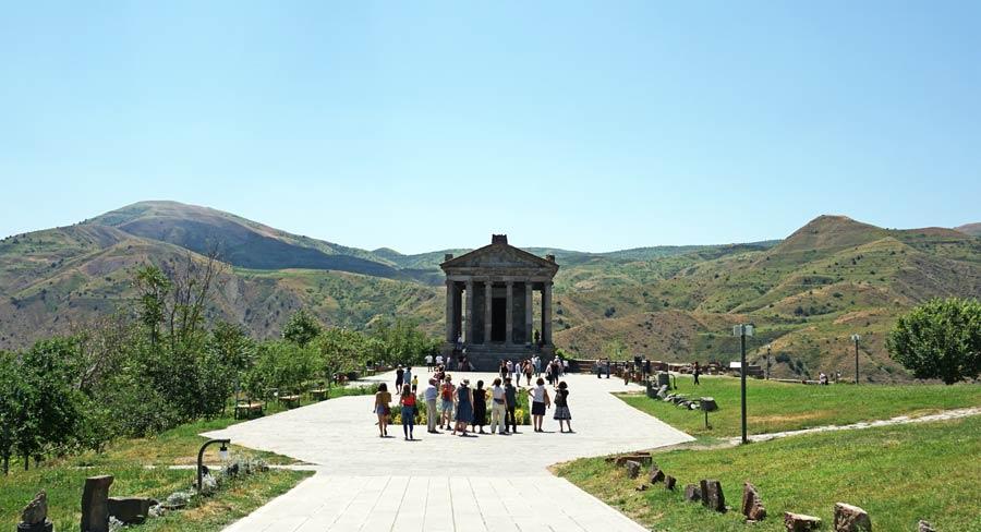 Jerewan: Tempel von Garni, Denkmal und Kloster